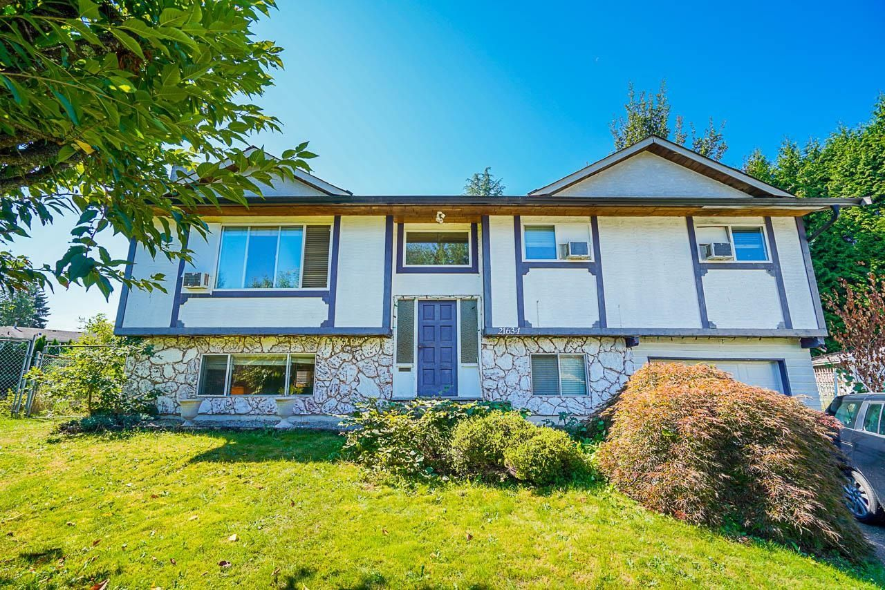 Main Photo: 21634 MANOR Avenue in Maple Ridge: West Central House for sale : MLS®# R2614358
