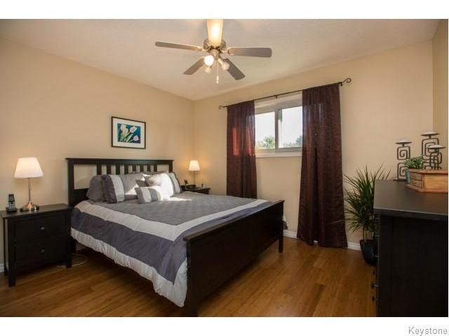 Photo 8: Photos: 9 Rillwillow Place in Winnipeg: Meadowood Residential for sale (2E)  : MLS®# 1623703