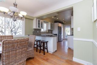 Photo 13: 1690 Kenmore Rd in VICTORIA: SE Gordon Head House for sale (Saanich East)  : MLS®# 810073