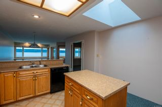 Photo 6: 6 553 N Island Hwy in : CR Campbell River North Condo for sale (Campbell River)  : MLS®# 863183