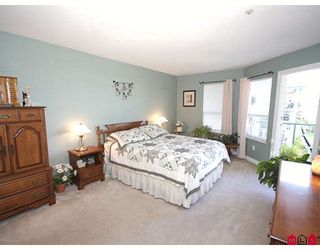 "Photo 6: 401 20443 53RD Avenue in Langley: Langley City Condo for sale in ""Countryside Estates"" : MLS®# F2826411"