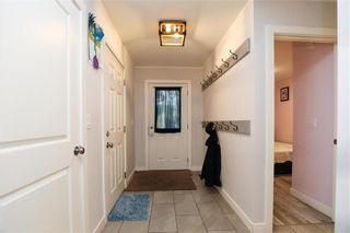 Photo 2: 40 Birch Street in Grunthal: R16 Residential for sale : MLS®# 202121686
