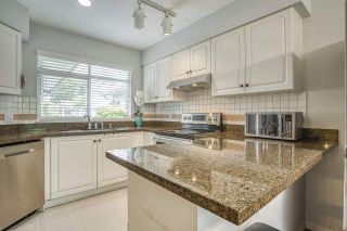 """Photo 8: 31 10238 155A Street in Surrey: Guildford Townhouse for sale in """"CHESTNUT LANE"""" (North Surrey)  : MLS®# R2473485"""
