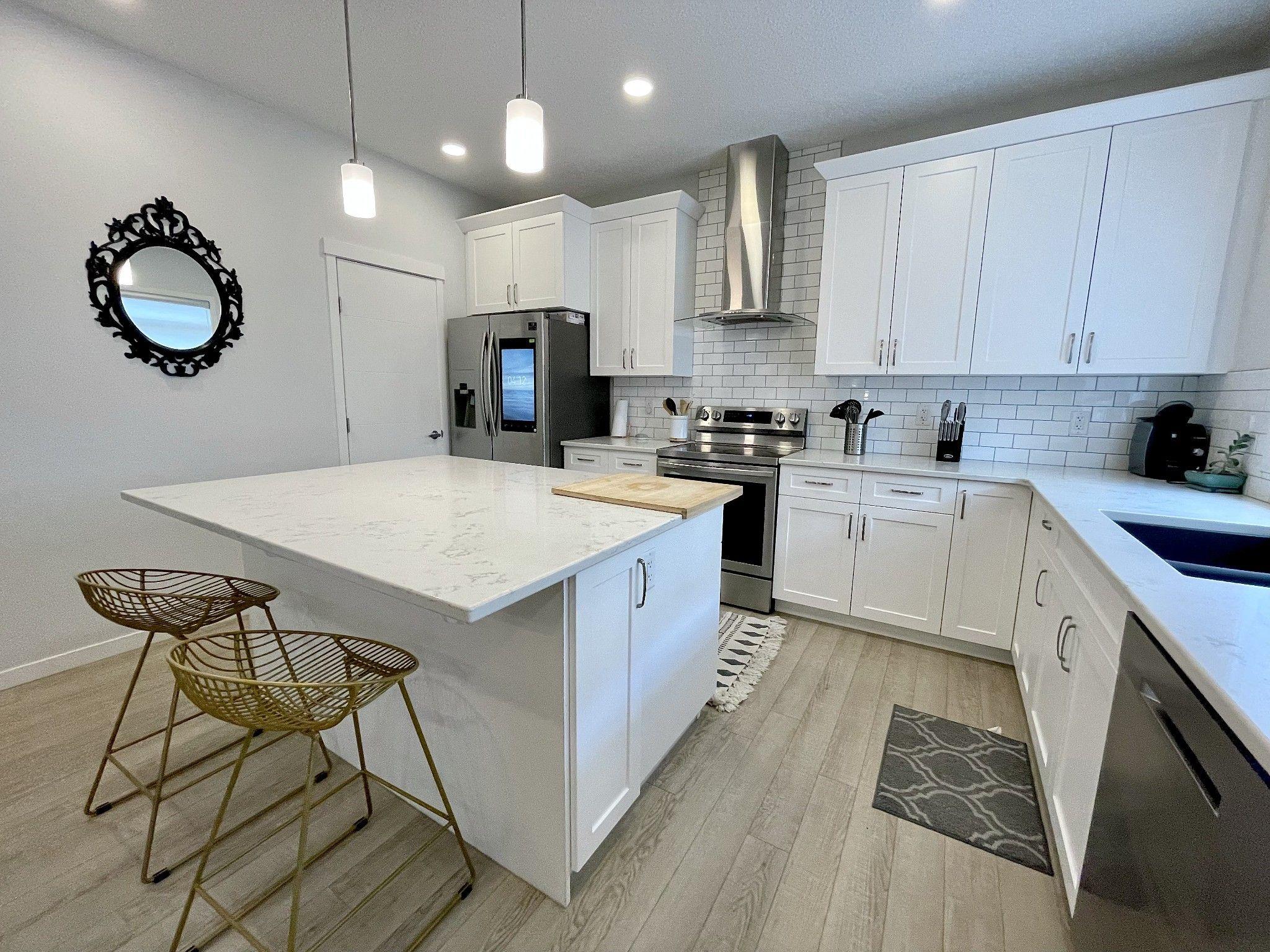 Main Photo: McConachie in Edmonton: House for rent