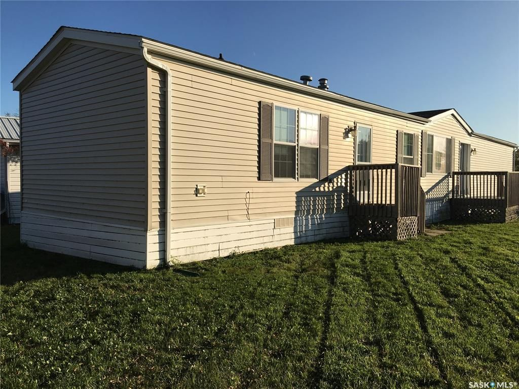 Main Photo: 37 Triland Trailer Court in Lanigan: Residential for sale : MLS®# SK837936