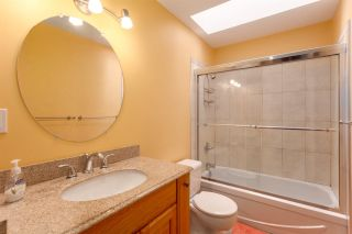 """Photo 17: 5728 OWL Court in North Vancouver: Grouse Woods Townhouse for sale in """"Spyglass Hill"""" : MLS®# R2266882"""