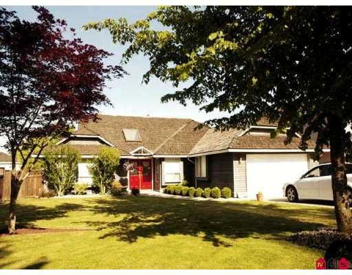 Main Photo: 9922 158A Street in Surrey: Guildford House for sale (North Surrey)  : MLS®# F2714033