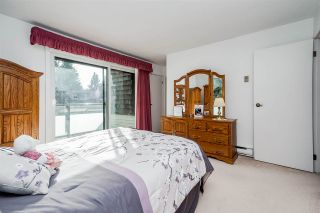 """Photo 28: 4101 BRIDGEWATER Crescent in Burnaby: Cariboo Townhouse for sale in """"VILLAGE DEL PONTE"""" (Burnaby North)  : MLS®# R2539537"""