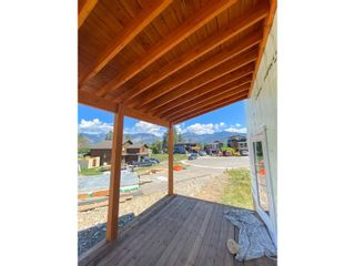Photo 6: 1446 CANTERBURY CLOSE in Invermere: House for sale : MLS®# 2460796