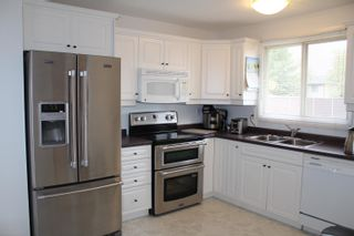 Photo 5: 24 Southpark Drive: Leduc House for sale : MLS®# E4259879