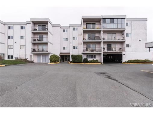 Main Photo: 109 3225 Eldon Pl in VICTORIA: SW Rudd Park Condo for sale (Saanich West)  : MLS®# 753127