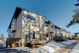 Photo 1: 27 4531 7 Avenue SE in Calgary: Forest Heights Row/Townhouse for sale : MLS®# A1069487