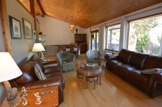 Photo 7: 3805 NIELSEN Road in Smithers: Smithers - Rural House for sale (Smithers And Area (Zone 54))  : MLS®# R2573908
