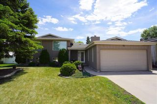 Photo 1: 19 Cyril Place in Winnipeg: Southdale Residential for sale (2H)  : MLS®# 202116073