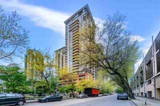 Photo 1: 2107 977 MAINLAND Street in Vancouver: Yaletown Condo for sale (Vancouver West)  : MLS®# R2574054
