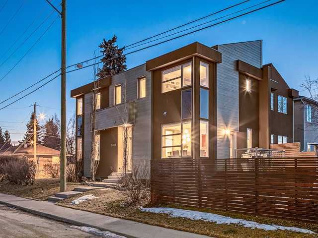 Main Photo: 2455 22 Street SW in Calgary: Richmond Park_Knobhl Residential Attached for sale : MLS®# C3651122