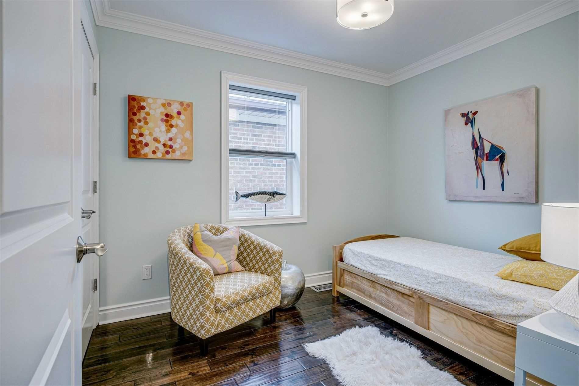 Photo 20: Photos: 92 Holborne Avenue in Toronto: Danforth Village-East York House (2-Storey) for sale (Toronto E03)  : MLS®# E5204452