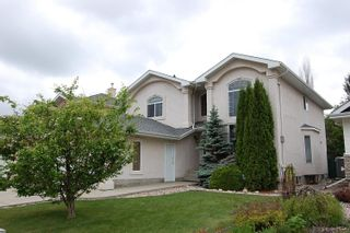 Photo 2: 1012 HOLGATE Place in Edmonton: Zone 14 House for sale : MLS®# E4247473
