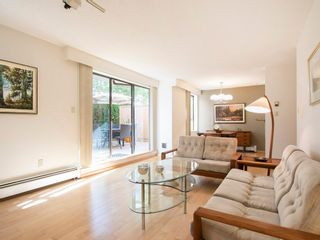 """Photo 6: 104 1930 W 3RD Avenue in Vancouver: Kitsilano Condo for sale in """"THE WESTVIEW"""" (Vancouver West)  : MLS®# R2099750"""