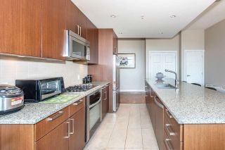 "Photo 13: 3201 2978 GLEN Drive in Coquitlam: North Coquitlam Condo for sale in ""GRAND CENTRAL ONE"" : MLS®# R2535957"