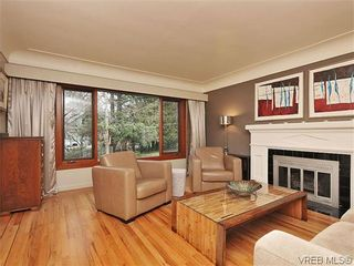 Photo 2: 1947 Runnymede Avenue in VICTORIA: Vi Fairfield East Residential for sale (Victoria)  : MLS®# 318196