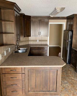 Photo 5: 8784 189 Street in Edmonton: Zone 20 Townhouse for sale : MLS®# E4255397