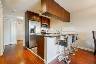 """Photo 2: 453 5660 201A Street in Langley: Langley City Condo for sale in """"Paddington Station"""" : MLS®# R2356475"""