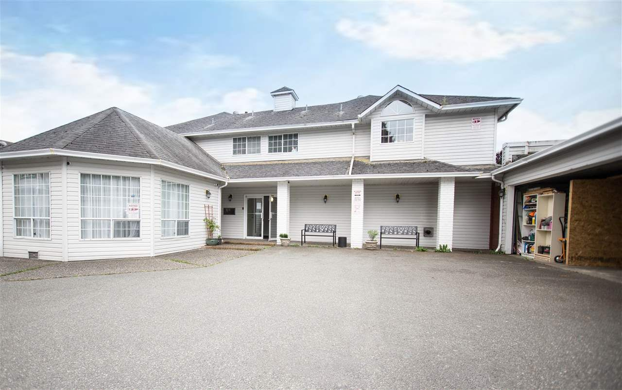Main Photo: 11 46384 YALE Road in Chilliwack: Chilliwack E Young-Yale Townhouse for sale : MLS®# R2471041