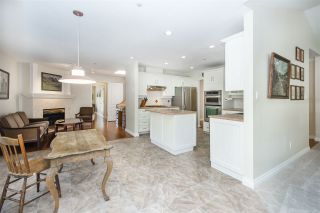 "Photo 8: 401 1283 PARKGATE Avenue in North Vancouver: Northlands Condo for sale in ""Parkgate Place"" : MLS®# R2355284"