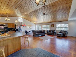 "Photo 13: 5918 SUNSHINE COAST Highway in Sechelt: Sechelt District House for sale in ""DOWNTOWN SECHELT"" (Sunshine Coast)  : MLS®# R2585676"