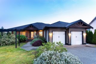 Photo 1: 497 Poets Trail Dr in Nanaimo: Na University District House for sale : MLS®# 883003