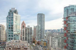 "Photo 16: 1601 789 DRAKE Street in Vancouver: Downtown VW Condo for sale in ""CENTURY TOWER"" (Vancouver West)  : MLS®# R2352458"