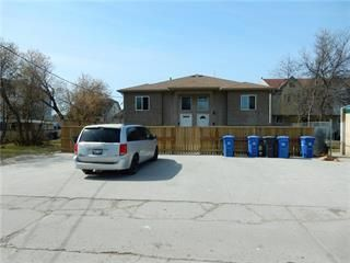 Photo 3: 649 Dufferin Avenue in Winnipeg: Industrial / Commercial / Investment for sale (4A)  : MLS®# 202113669