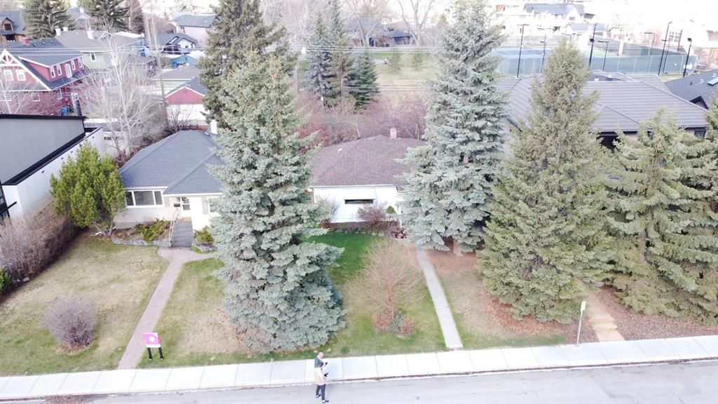 Main Photo: 1115 7A Street NW in Calgary: Rosedale Detached for sale : MLS®# A1104750