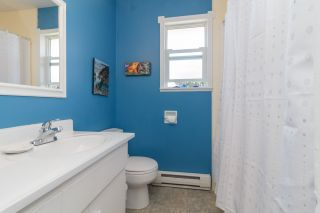 Photo 9: 1/2 Duplex with In-Law Suite