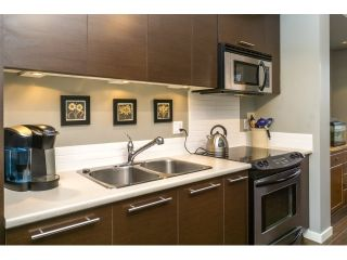 """Photo 13: 77 18983 72A Avenue in Surrey: Clayton Townhouse for sale in """"KEW"""" (Cloverdale)  : MLS®# R2034361"""