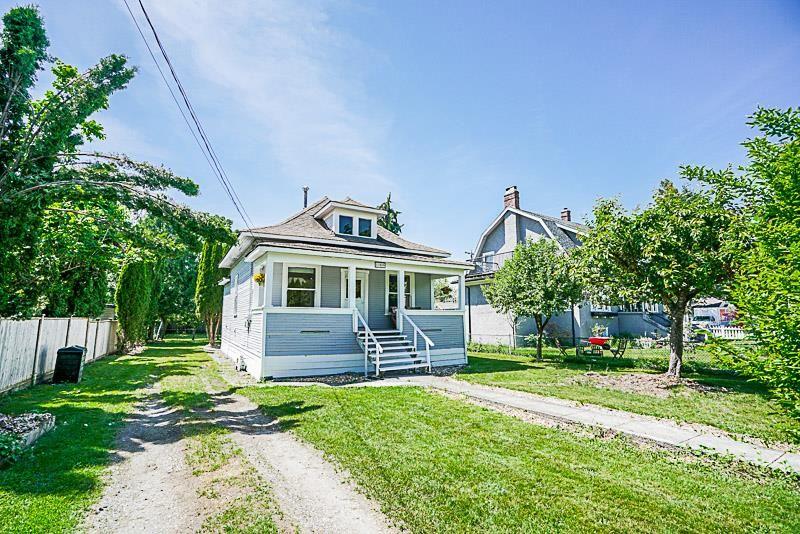 Main Photo: 11329 DARTFORD STREET in Maple Ridge: Southwest Maple Ridge House for sale : MLS®# R2174148