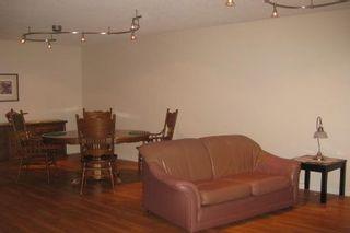 Photo 3: 61 Shademaster Court in Toronto: House (Backsplit 5) for sale (E11: TORONTO)  : MLS®# E1910345