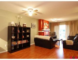 Photo 5: #312 19750 64th Ave in Langley: Condo for sale : MLS®# F2800657