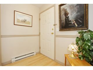 """Photo 4: 105 20240 54A Avenue in Langley: Langley City Condo for sale in """"Arbutus Court"""" : MLS®# F1315776"""