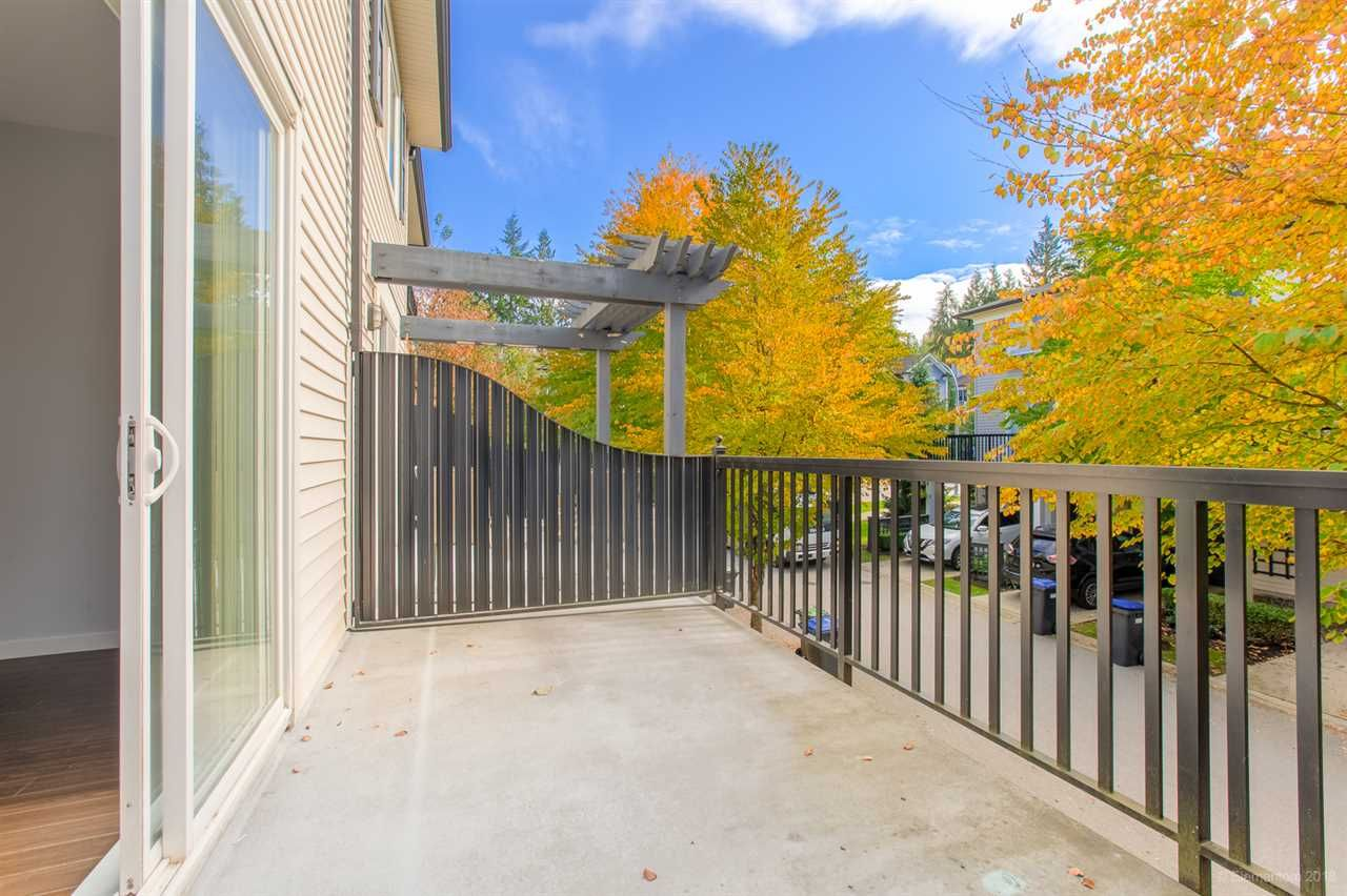 """Photo 19: Photos: 39 101 FRASER Street in Port Moody: Port Moody Centre Townhouse for sale in """"CORBEAU"""" : MLS®# R2410507"""