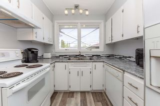 Photo 11: 16504 90 Avenue in Edmonton: Zone 22 House for sale : MLS®# E4247433