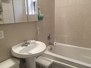 Photo 10: 214 2550 Bathurst Street in Toronto: Forest Hill North Condo for lease (Toronto C04)  : MLS®# C4230239