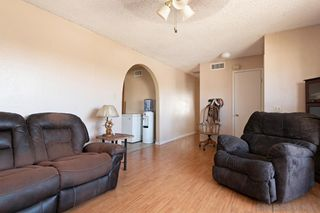 Photo 8: MIRA MESA House for sale : 4 bedrooms : 8055 Flanders Dr in San Diego