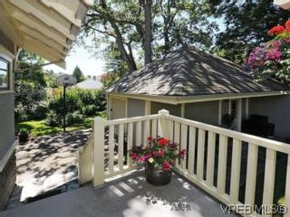 Photo 17: 1010 Craigdarroch Road in VICTORIA: Vi Rockland Single Family Detached for sale (Victoria)  : MLS®# 281757