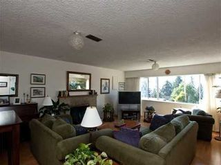 Photo 1: 392 VENTURA Crescent in North Vancouver: Home for sale : MLS®# V871782