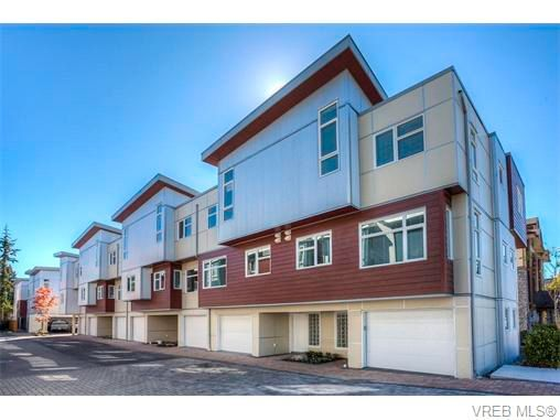 Main Photo: 114 2737 Jacklin Rd in VICTORIA: La Langford Proper Row/Townhouse for sale (Langford)  : MLS®# 744179