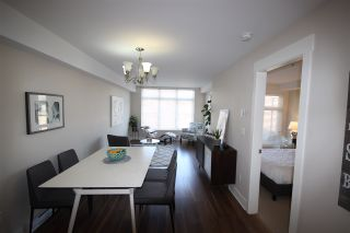 """Photo 3: 315 55 EIGHTH Avenue in New Westminster: GlenBrooke North Condo for sale in """"Eight West"""" : MLS®# R2398195"""