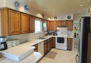 Photo 5: 2549 LAURALYNN DRIVE in North Vancouver: Westlynn House for sale : MLS®# R2369180
