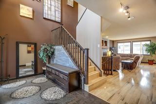 Photo 2: 112 EVANSPARK Circle NW in Calgary: Evanston House for sale : MLS®# C4179128